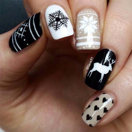 holiday_nail_art_designs_ideas_christmas_nails43